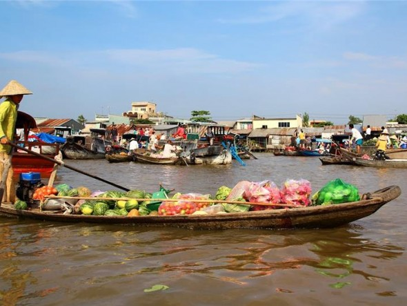 Cai Rang Floating Market / Daily departure